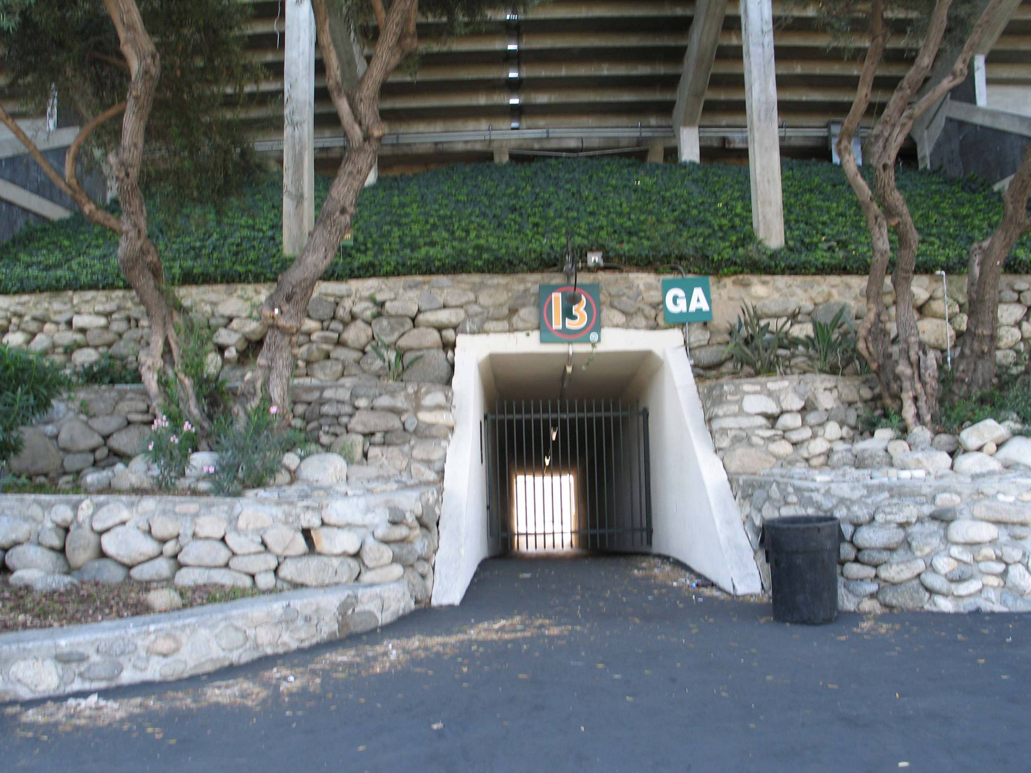 Original Tunnel by D'AIQ Architects